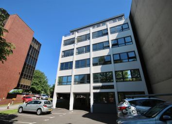 2 bed flat to rent in Kingston House, Kingston Crescent, Portsmouth PO2