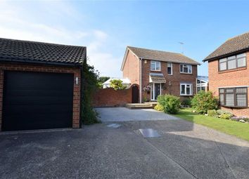 Thumbnail 4 bed detached house for sale in Fieldway, Basildon, Essex
