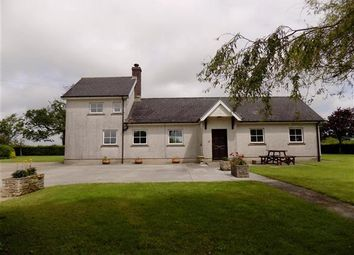 Thumbnail 3 bed cottage to rent in Dolau, Llandissilio, Clynderwen