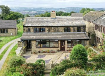 Thumbnail 3 bedroom detached house for sale in 7 Carr Mount, Kirkheaton, Huddersfield, West Yorkshire