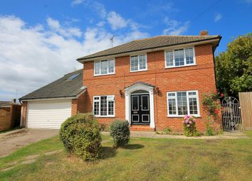Thumbnail 5 bed detached house to rent in Smollets, East Grinstead