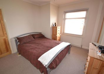 Thumbnail 1 bed flat to rent in West Hill, East Grinstead