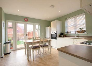 3 bed terraced house for sale in Hawthorn Gardens, Harwell OX11