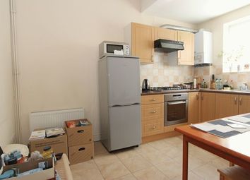 Thumbnail 2 bed property to rent in Whittington Road, London