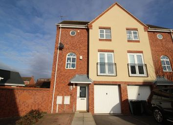 Thumbnail 3 bed town house to rent in Brettsil Drive, Ruddington, Nottingham