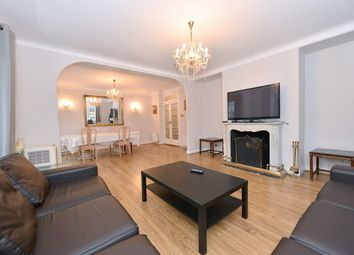 Thumbnail 3 bedroom flat to rent in Sussex Lodge, Sussex Place, Hyde Park Corner, London