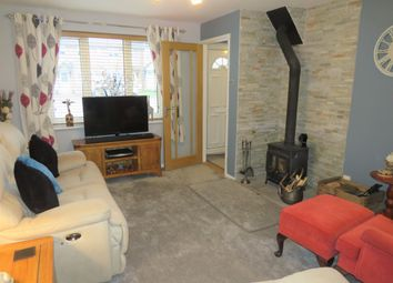 2 bed property to rent in Rider Close, Devizes SN10
