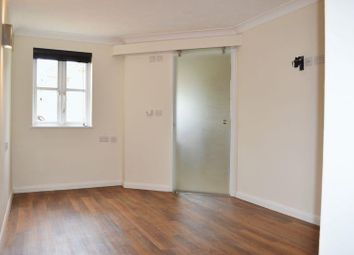 Thumbnail 2 bed flat to rent in Albion Place, Northampton