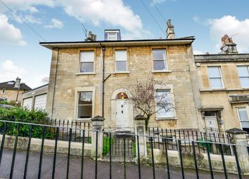 2 bed maisonette to rent in Abbey View, Bath BA2