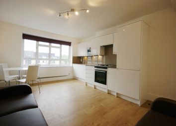 Thumbnail 4 bed flat to rent in Sidmouth Street, Bloosmbury, London