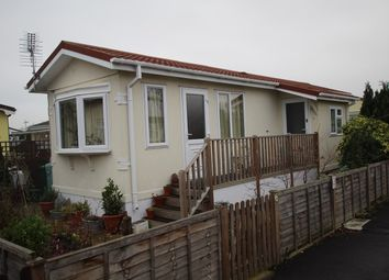 Thumbnail 1 bed mobile/park home for sale in Bramley Avenue, Shepperton