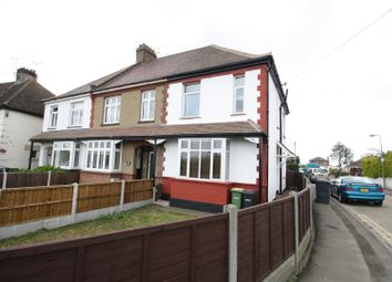 2 bed flat to rent in Sutton Road, Rochford SS4