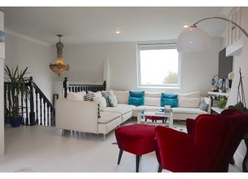 Thumbnail 2 bed flat for sale in Weltje Road, Hammersmith