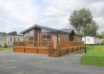 Thumbnail 2 bed mobile/park home for sale in Ferry Lane, Chester, Flintshire