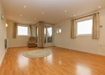 Thumbnail 3 bed flat for sale in Oxford Road, Aylesbury
