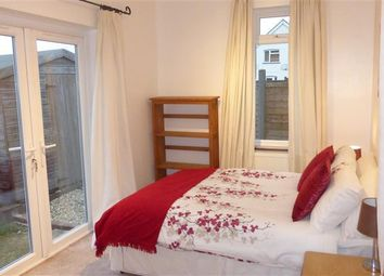 Thumbnail 1 bed flat to rent in Leigh Road, Andover