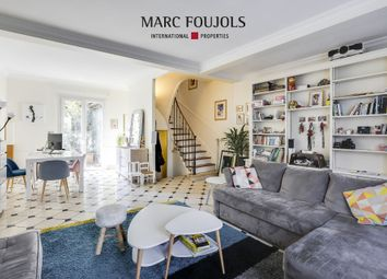 Thumbnail 4 bed property for sale in Levallois Perret, Paris, France