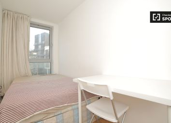 Thumbnail Room to rent in Enfield Road, London
