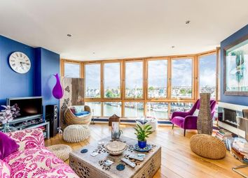 2 bed flat for sale in The Crescent, Hannover Quay, Bristol, Somerset BS1