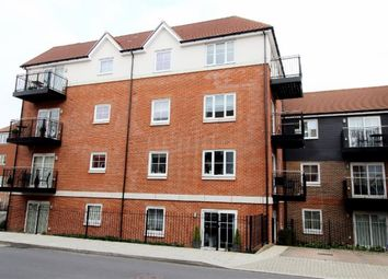 Thumbnail 1 bed flat to rent in Campion Square, Dunton Green, Sevenoaks