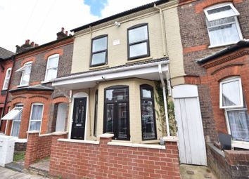 5 bed terraced house for sale in Vernon Road, Luton LU1
