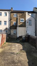 Thumbnail 1 bedroom flat to rent in Luton Road, Chatham, Kent