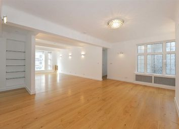 Thumbnail 4 bed flat to rent in Berkeley Court, London