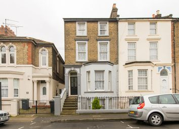 Thumbnail 3 bed flat to rent in Darnley Street, Gravesend