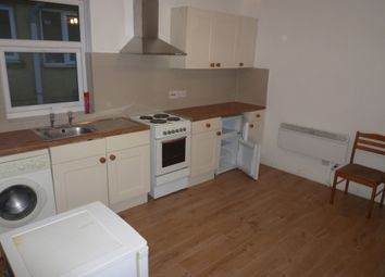 Thumbnail 1 bed flat to rent in Crawley Road, Bury Park