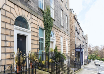 Thumbnail 3 bed flat to rent in Dublin Street, New Town, Edinburgh