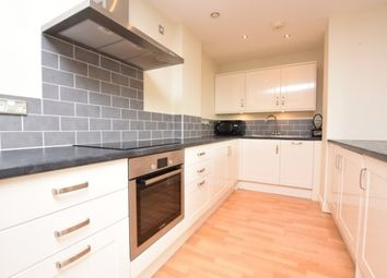 2 bed flat to rent in West One Central, Sheffield S1