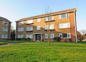 3 bed flat to rent in Shaftesbury Road, Canterbury CT2