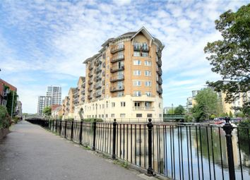 2 bed flat for sale in Blakes Quay, Gas Works Road, Reading, Berkshire RG1