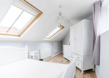 2 bed maisonette to rent in Dawes Road, Fulham Broadway, London SW6