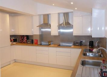 Room to rent in Hambrook Road, London SE25