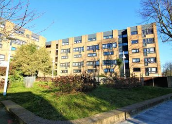 3 bed flat for sale in Queens Drive, London N4