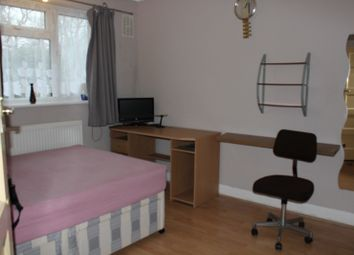 Thumbnail 3 bed shared accommodation to rent in Longhill Road, Catford