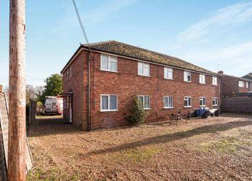 Thumbnail 2 bedroom maisonette to rent in Basingstoke Road, Riseley, Reading