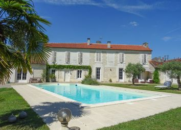 Thumbnail 6 bed property for sale in Cognac, Charente, France