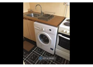 Thumbnail 1 bed flat to rent in Kimble Close, Slough
