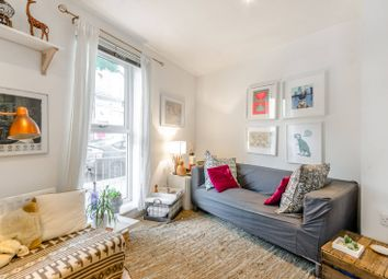 Thumbnail 1 bedroom flat for sale in Northpoint House, Islington