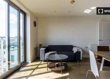 1 bed property to rent in New Festival Avenue, London E14