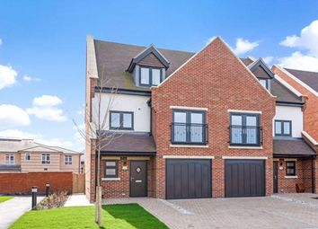 4 bed semi-detached house for sale in Albertine Grove, West Wickham BR4