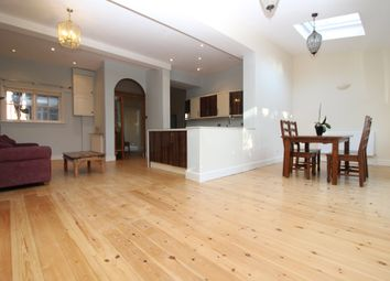 Thumbnail 3 bedroom flat to rent in Dukes Avenue, Muswell Hill, London
