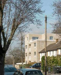 Thumbnail 2 bedroom flat for sale in Hermitage Road, Upper Norwood, London