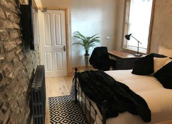 Thumbnail 1 bed terraced house to rent in Room 3, 19 Wentworth Street, Huddersfield