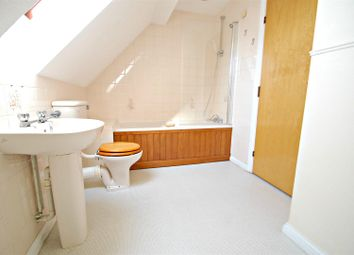 Thumbnail 2 bed detached house to rent in Meon Close, Petersfield