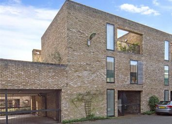 Thumbnail 4 bed town house to rent in Gilmour Road, Cambridge, Cambridgeshire