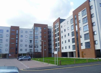 3 bed flat to rent in Pilgrims Way, Manchester M50