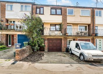Russell Court, Chesham HP5. 3 bed town house for sale
